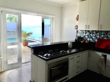 Casa / Sobrado em São José dos Campos , Comprar por R$690.000,00