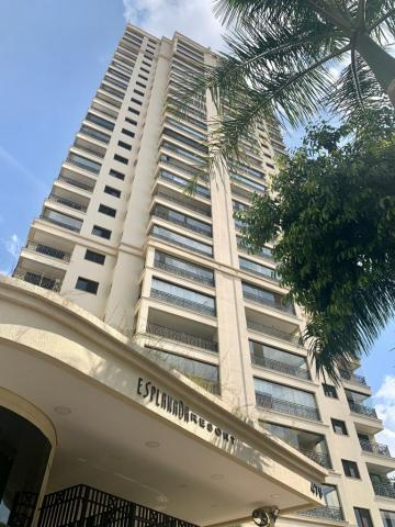 Alugar Apartamento / Padrão em São José dos Campos. apenas R$ 860.000,00
