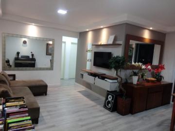 Apartamento / Padrão em São José dos Campos , Comprar por R$550.000,00