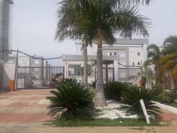 Apartamento / Padrão em São José dos Campos Alugar por R$700,00