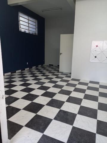 Comercial / Sala em São José dos Campos Alugar por R$1.500,00