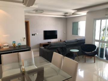 Apartamento / Padrão em São José dos Campos , Comprar por R$883.000,00